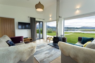 The Shorehouse, Skye, Luxurious accommodation with spectacular views