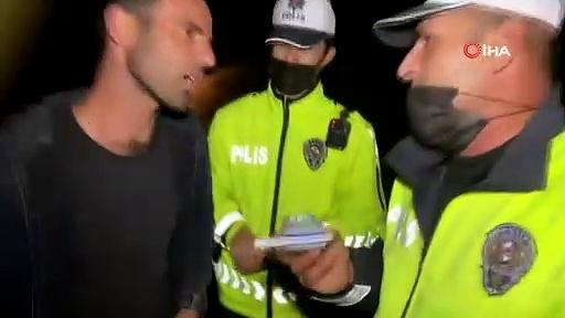 """Aksaray'da bir sürücü, kendi yaptığı testte 1.69 promil alkollü çıkınca polise """"Ben alkollüyüm o zaman"""" dedi"""
