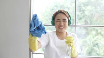 The Most Efficient Way to Clean Windows