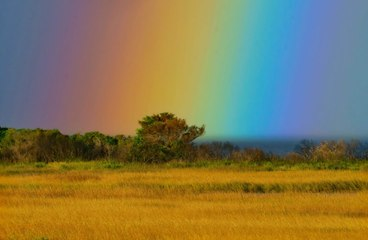 """Photographer Captures """"Rainbow's End"""" on Outer Banks"""
