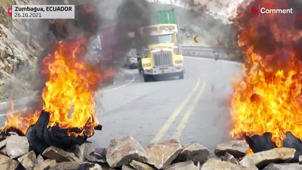 Contre la hausse des prix du carburant, les Equatoriens bloquent les routes du pays