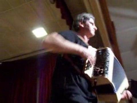 La Veuze, danse pays Nantais B.Loffet accordéon diatonique