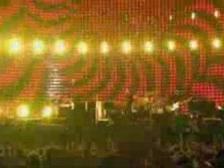 """""""Vertigo""""   U2 - Live From Milan"""