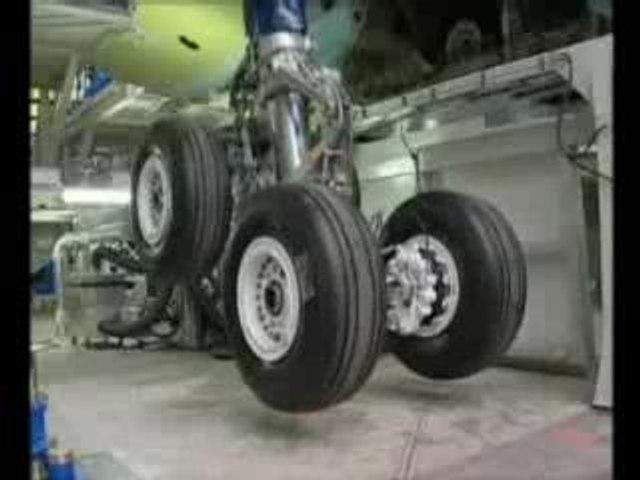 AVIATION: Construction d'un Airbus A340