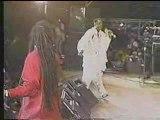 Maxi Priest & Shabba Ranks  -  Housecall (live '91)