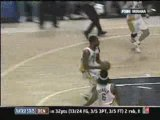Shawne Williams nasty dunk on Jared Dudley (3.19.08)