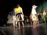 Danse folkorique portugais pieds nus 2