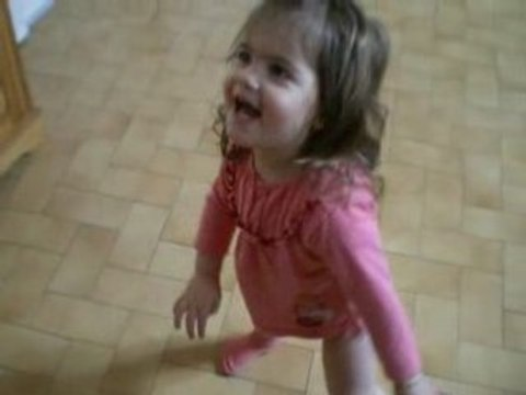 MDR !!! Lily quand elle à fait caca dans sa couche !
