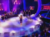 Leona Lewis Live - Bleeding Love - Christmas Video