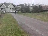 Biker wheeling n°4