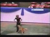 un chien qui a du chien lorsqu'il danse!