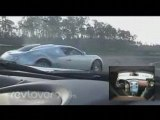 Bugatti Veyron vs Mclaren SLR sur circuit