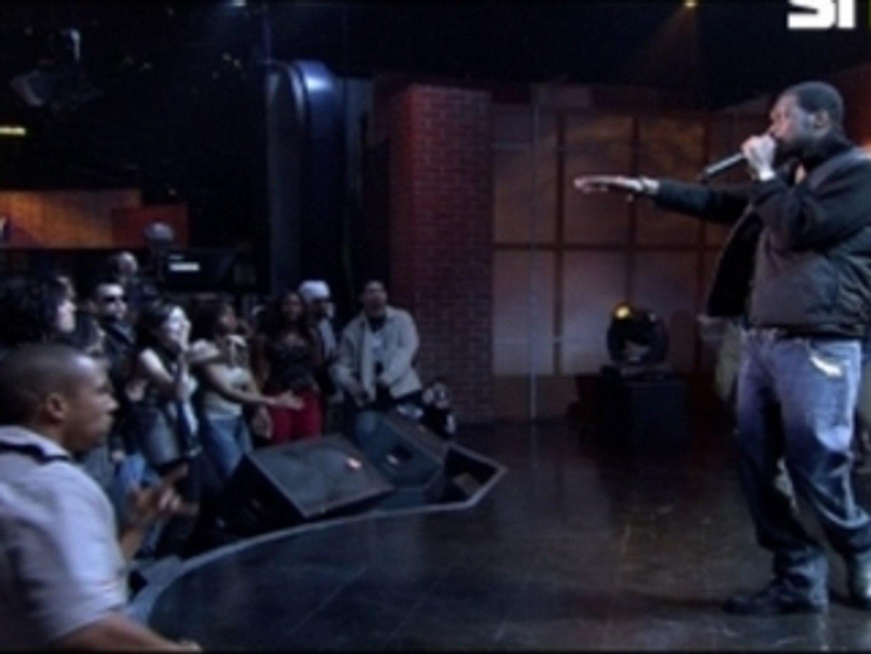 Pras Performs Ghetto Superstar