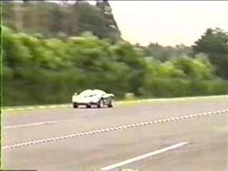 Toyota Supra vs. Mclaren F1 Drag Race