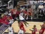 NBA BASKETBALL - Gerald Wallace- Dunk Monstrueux !!!