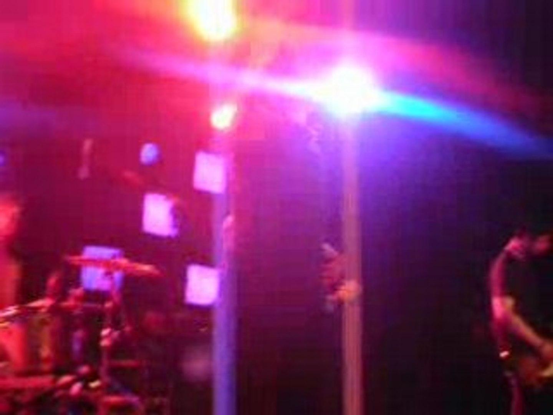 Vegastar-5h dans ta peau à la Boule Noire 12/04/08