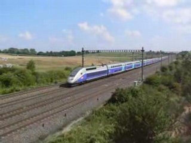 TGV Duplex à Montanay - juillet 2006
