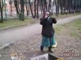 Mamy danse sur de la techno