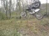 Dirt bike saut