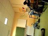 Chute en Classe... aïe raté !