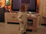 Danse chez mamie et papi 21avril2008