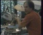 "Idir  ""Assif Aabas""(la soumam) 1979 arezki baroudi batterie"