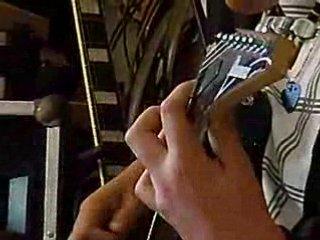 Guitare  demonstration yamaha
