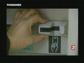 Skimming Cartes bancaires - JT France 2 - 10 mai 2008