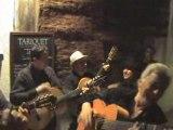 Fabricio avec le groupe las estrellas