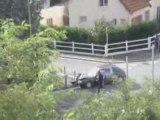 Police Française poursuite moto crash voiture
