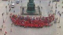 Paris vous sourit 2009 - Sourire humain géant Place Vendôme