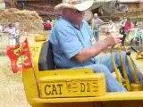 fete des battages thaon 2009 tracteur caterpillar