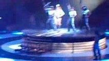 Britney Circus Tour(Womanizer)04/07/09 Bercy