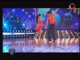 Valeria Archimo bailando cha cha cha