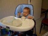 Chamseddine mange tout seul !!!