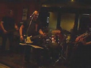 Vidéo Cowboy (bar un Autre Monde, Toulouse) de Flippin'Heck
