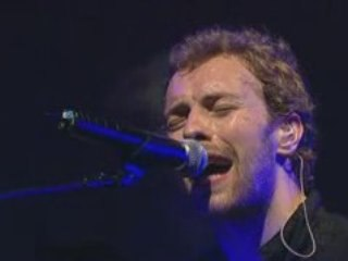 Coldplay - The Scientist live Glastonbury 2005