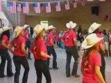 Un groupe de danse du  Country Dancing Club de Liévin