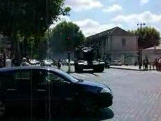 Un char à l'école militaire