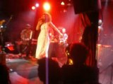 vanessa da mata en concert au cabaret sauvage