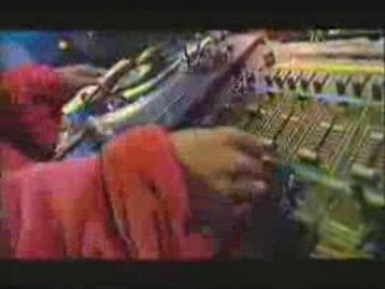 MC Duke - I'm Riffin 1990 Remix (Live on Dancedaze) - 1990