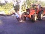 Julien au tirage de tracteur,22 tonnes sur 20metres