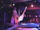 Cabaret music'hall burlesque - Revue parisienne Paris - spectacle cabaret show Paris Bell - pole dance