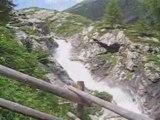 Chutes dans les Alpes Autrichiennes