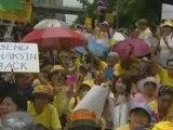 Anti-Thaksin protest outside UK embassy