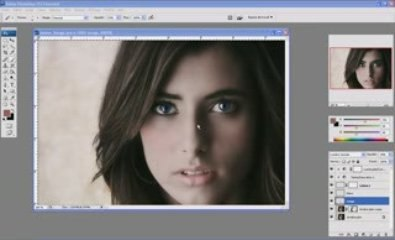 Visionnez les Cours Vidéo de Retoucher et maquiller un visage f�minin dans photoshop
