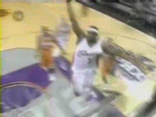NBA Basketball – Lebron james dunk