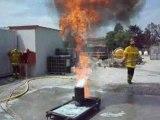 eau sur feu de friteuse