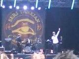 Serj Tankian (SOAD) Empty Walls en live à Rock en Seine