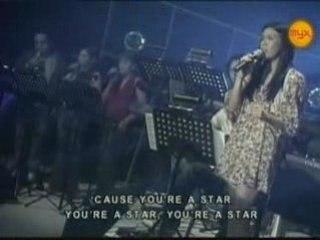 Nikki Gil - Million Miles Away [Live]